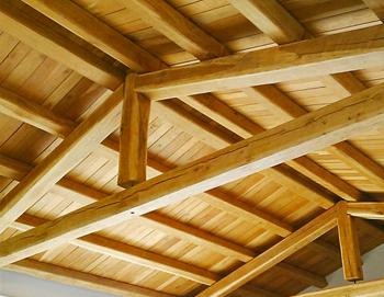 Copertura In Legno Lamellare : Coperture in legno lamellare e massello strutture in legno martelli