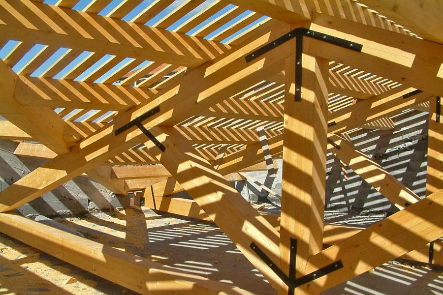 Copertura In Legno Lamellare : Tetti in legno lamellare strutture in legno martelli bronte